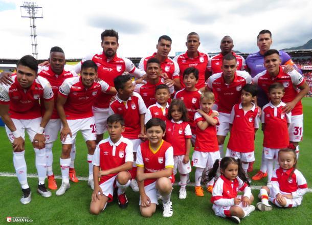 En general el equpo tuvo un partido aceptable, de 6.6 puntos. Imagen: Independiente Santa Fe.