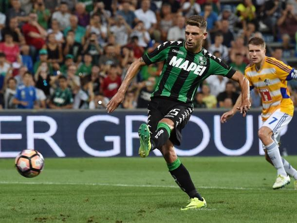 Berardi dispatches one of his goals from the spot in the second leg | Photo: gazzettaworld.com