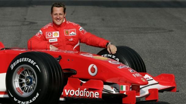 Schumacher con una delle sue tante Ferrari