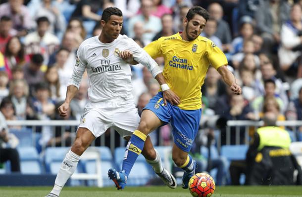 Cristiano Ronaldo and Pedro Bigas battling for the ball (Getty)