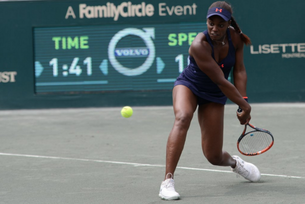 Sloane hitting a backhand during the match. Source:Christopher Levy