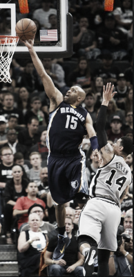 Vince Carter scores over Danny Green  in Game 1 of the Western Conference Quarterfinals | Getty Images