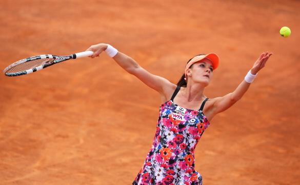 Agnieszka Radwanska serving in Rome back in 2014. Photo: Getty Images/Julian Finney
