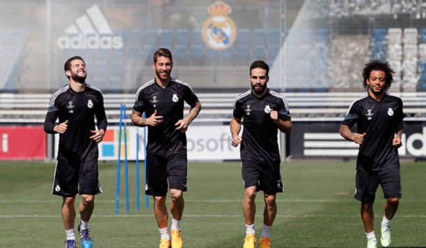 MADRID, SPAIN - MAY 12: Sergio Ramos, Dani Carvajal and Marcelo of Real Madrid warm up during a training session at Valdebebas training ground on May 12, 2015 in Madrid, Spain. (Photo by Helios de la Rubia/Real Madrid via Getty Images)