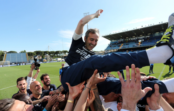 Marco Giampaolo manager of Empoli FC celebrates the victory during the Serie A match between Empoli FC and Bologna FC at Stadio Carlo Castellani on May 1, 2016 in Empoli, Italy. (Photo by Gabriele Maltinti/Getty Images)