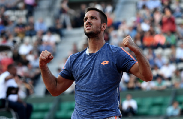  Viktor Troicki, the 22nd seed Serbian, is through to the fourth round in Paris where he will face the third seed Swiss, Stan Wawrinka (Photo: Dennis Grombkowski/Getty)Viktor Troicki, the 22nd seed Serbian, is through to the fourth round in Paris where he will face the third seed Swiss, Stan Wawrinka (Photo: Dennis Grombkowski/Getty)   Click and drag to move 