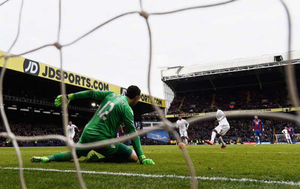 Benteke scored a last-minute penalty for Liverpool to beat Palace 2-1 last term. (Picture: Getty Images)