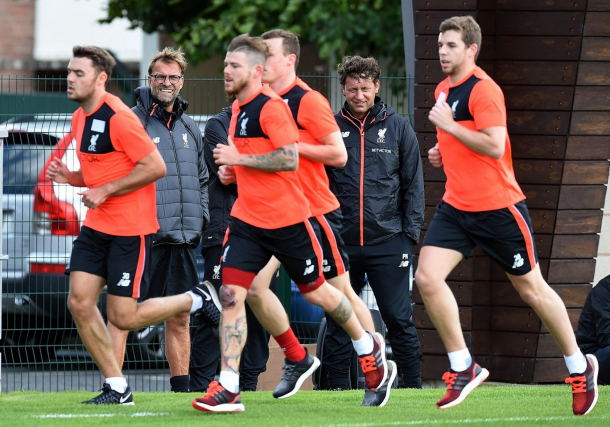 Klopp watches on as a number of his Liverpool players undergo testing fitness exercises. (Picture: Getty Images)