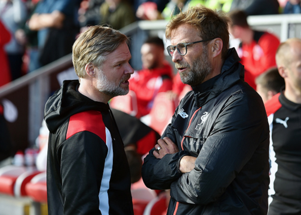 Klopp and Fleetwood manager Steven Pressley pre-match. (Picture: Getty Images)
