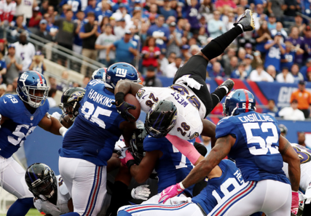 Terrance West dove into the end zone (Photo: Michael Reaves/ Getty Images)
