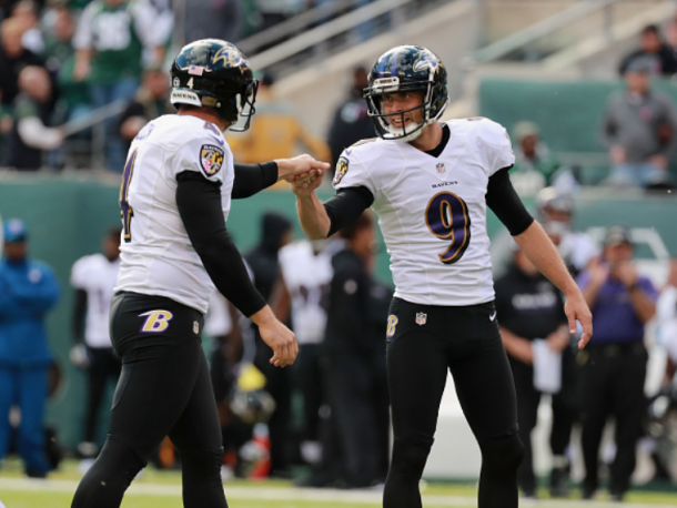 Tucker celebrates kicking Baltimore ahead (Photo: Al Bello/ Getty Images)