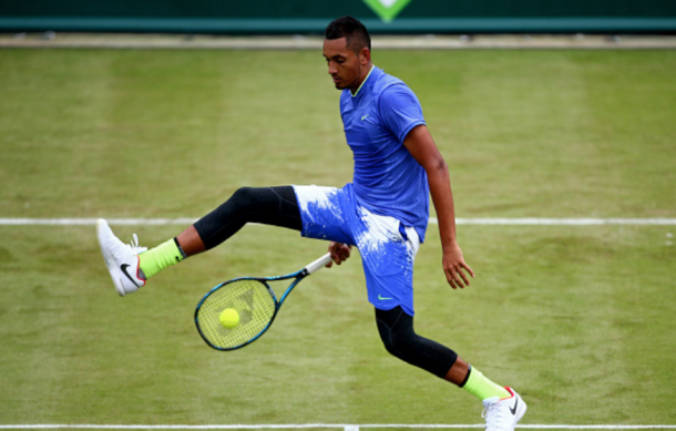 Kyrgios hitting a tweener (Getty Images Sport Jordan Mansfield)