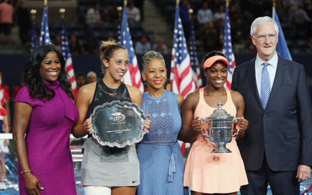 Keys and Stephens pose with their trophies (Elsa/Getty Images)