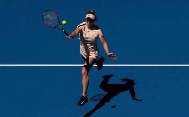 Svitolina going in for a volley (Scott Barmour/Getty Images)