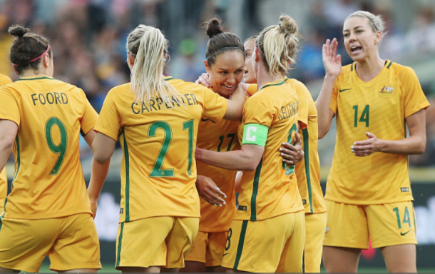Kyah Simon (17) celebrates her goal with her Australia Matildas teammates. | Photo:by Michael Dodge/Getty Images