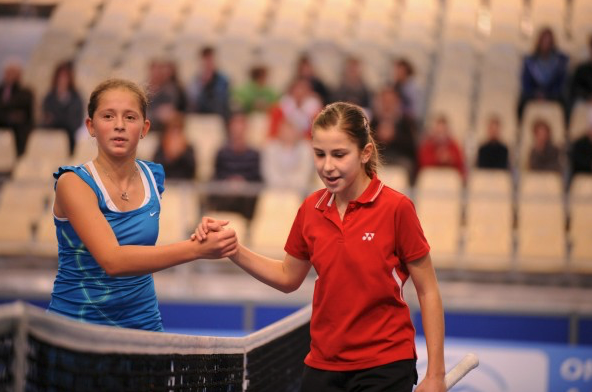 Bencic and Ostapenko play as juniors at the 2011 Czech Open (Tennis Magazine)