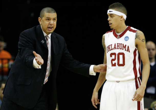 Capel coaching Oklahoma in the NCAA Tournament (Joe Murphy/Getty Images)