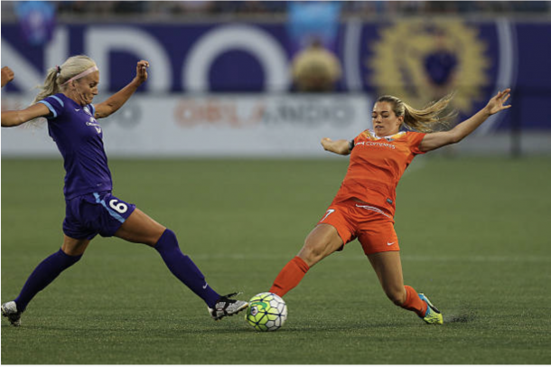 Ohai races to the ball during a game against the Orlando Pride. Photo: Getty Images/Alex Menendez