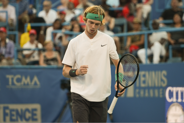 Andrey Rublev's hard, flat groundstrokes proved to be too much for de Minaur in the opening set (Noel Alberto/VAVEL USA)