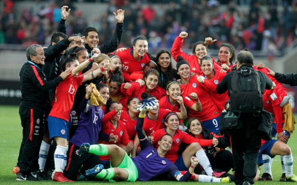 Chile's Women's National team celebrate their 2019 Women's World Cup qualification in April. (Photo CLAUDIO REYES/AFP/Getty Images)