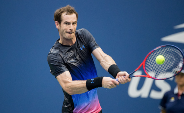 Murray hitting a backhand at the US Open (Tim Clayton/Corbis Sport/Getty Images)