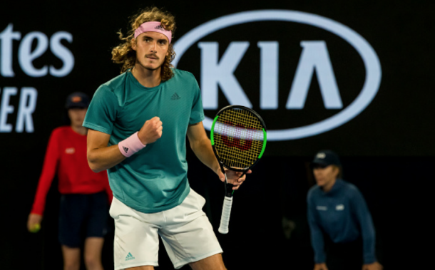 Tsitsipas reacts to winning the second set against Federer (Icon Sportswire/Getty Images)