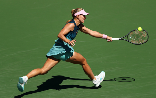 Kerber began to mix up her game more with drop shots (Yong Teck Lim/Getty Images)