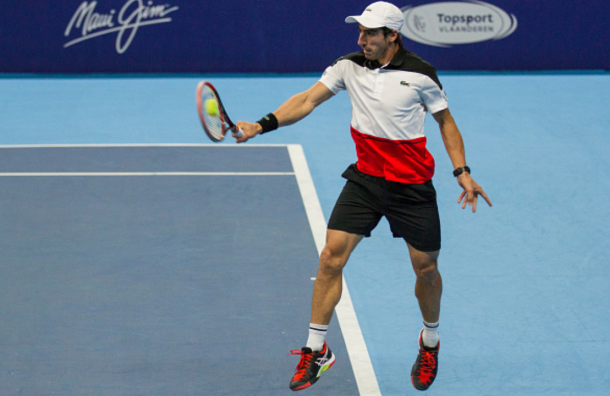​ Pablo Cuevas hits a backhand (Photo: Pupo/Getty Images)