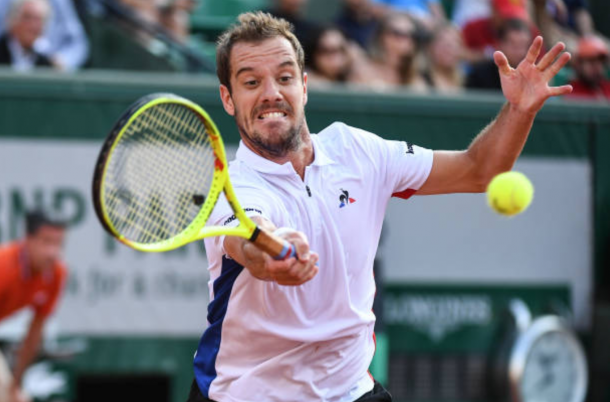 Richard Gasquet strikes a forehand shot (Photo: Anthony Dibon/Getty Images)