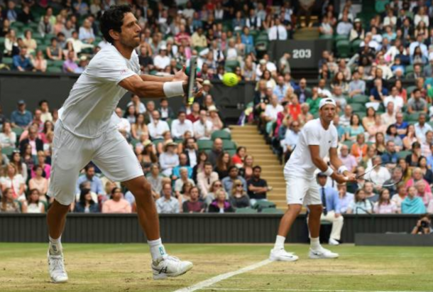 Lukas Kubot and Marcelo Melo during the Wimbledon final (Photo: Shaun Botterill/Getty Images)