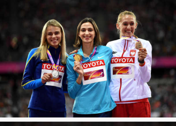 The three medalists Maria Lasitskene, Yulia Levchenko and Kamila Licwinko celebrate with their medals (Photo: Matthias Gangster/Getty Images)