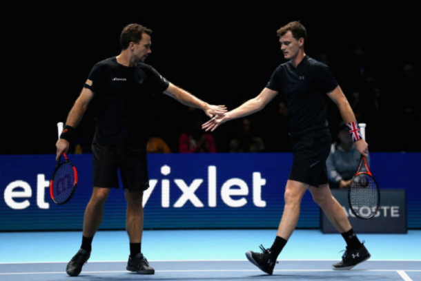Jamie Murray and Bruno Soares high five after putting away Ivan Dodig and Marcel Granollers in less than an hour (Photo: Alex Pantling/Getty Images)
