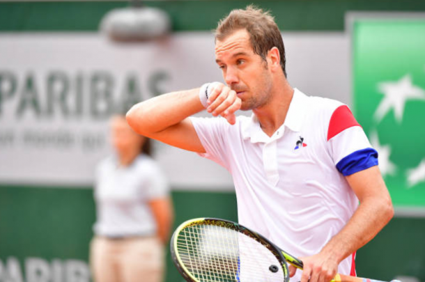 Richard Gasquet reacts in between points (Photo: Dave Winter/Getty Images)