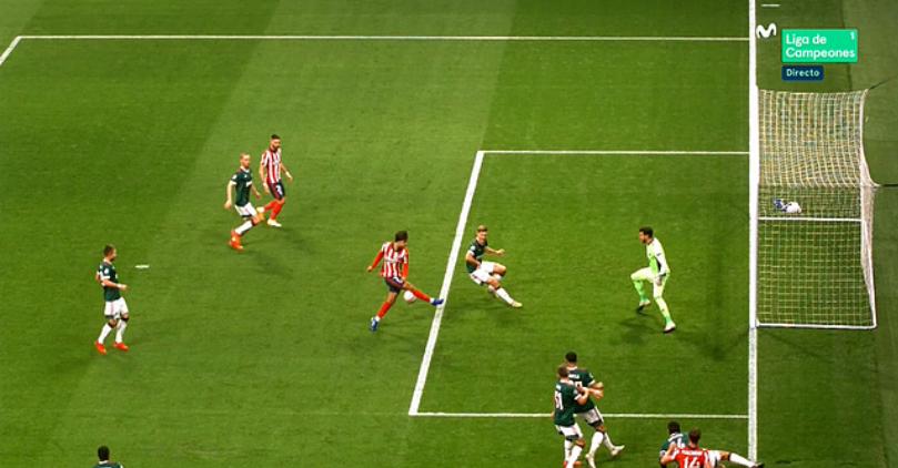 Primera ocasión del Atlético