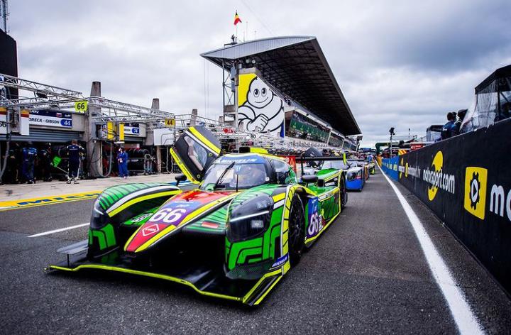 El Duqueine Nissan de Nico Varrone listo para salir a pista: Foto Rinaldi Racing