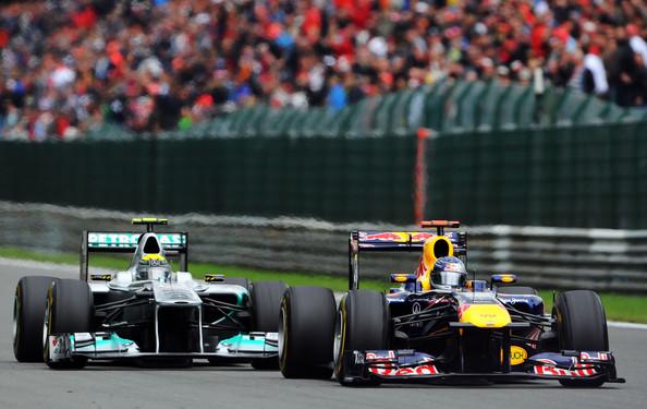 Graining en el Mercedes de Rosberg y en el RB de Vettel, Bélgica ´11 / Fuente:  Lars Baron/Getty Images Europe