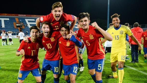 Celebración del pase a la final por los jugadores de la selección española | Foto: www.uefa.com