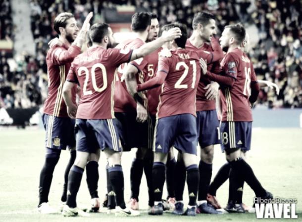 La Selección celebrando un tanto. Foto: Alberto Breves (VAVEL)