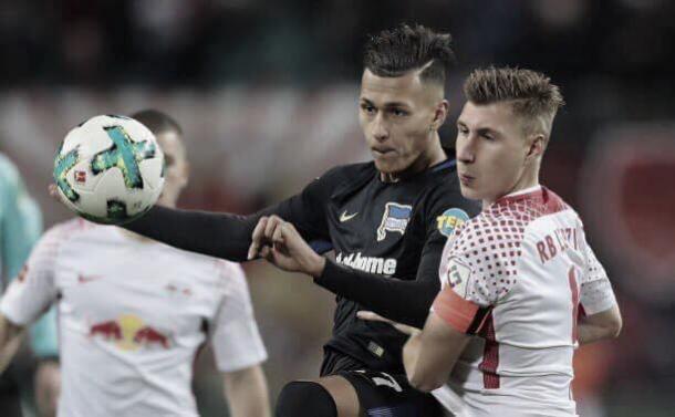 Na ultima rodada do primeiro turno, derrota diante do Hertha BSC por 3 a 2, com dois gols do ex-touro Davie Selke