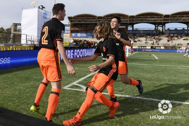 Los jugadores del Valencia celebran el gol en semifinales   Fotografía: La Liga