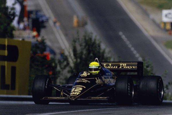 Senna in azione in Belgio