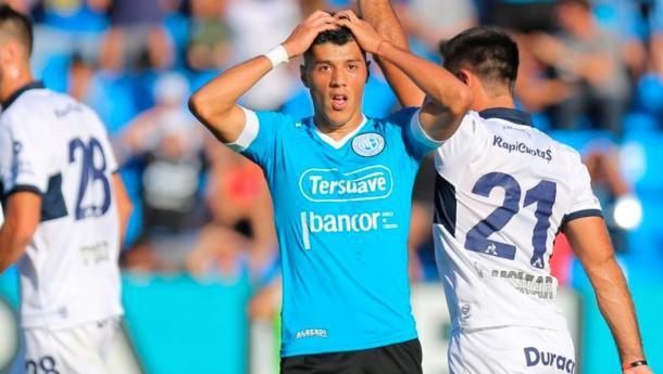 Sequeira se lamenta tras una chance perdida | Foto: Belgrano Oficial.