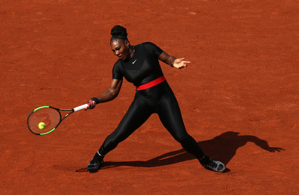 Serena Williams had to dig deep to claim the tough first set   Photo: Matthew Stockman/Getty Images Europe