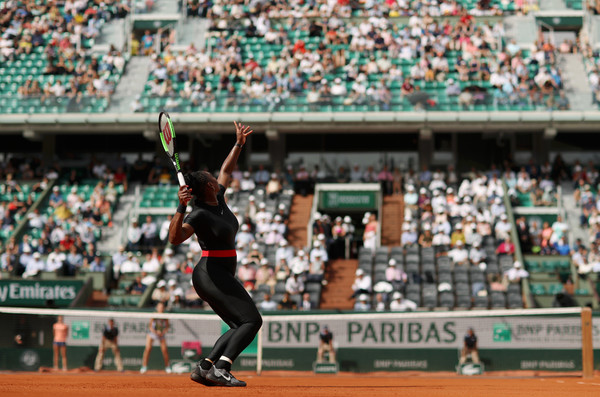 Serena Williams put in a terrific serving display today   Photo: Matthew Stockman/Getty Images Europe