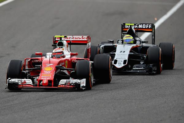Sergio Pérez con Kimi Raikkonen | Foto: Getty Images Asia