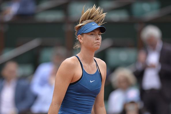 Foi um dia frustrante em Paris para Sharapova (Foto: Aurelien Meunier/Getty Images)