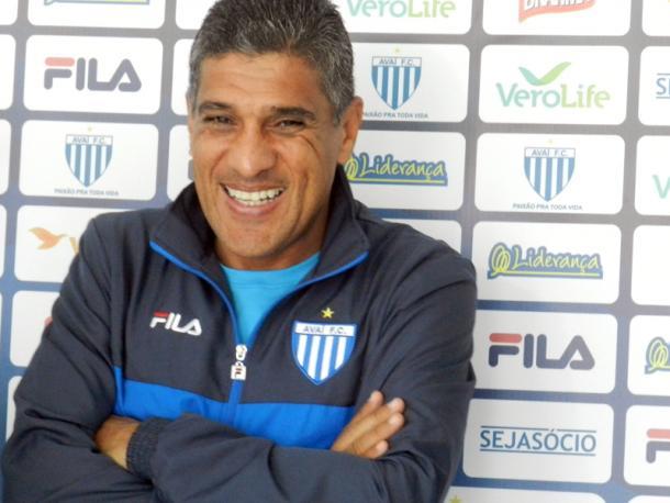 Silas mantém o mesmo time pelo terceiro jogo consecutivo (Foto: André Palma Ribeiro/Avaí FC)