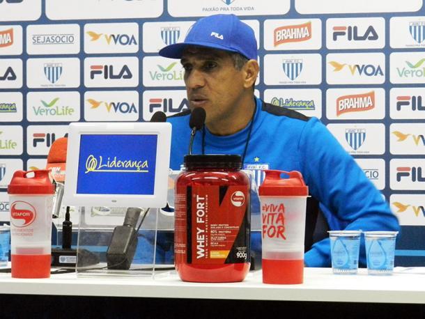 Silas vai voltar com time das rodadas anteriores (Foto: André Palma Ribeiro/Avaí FC)