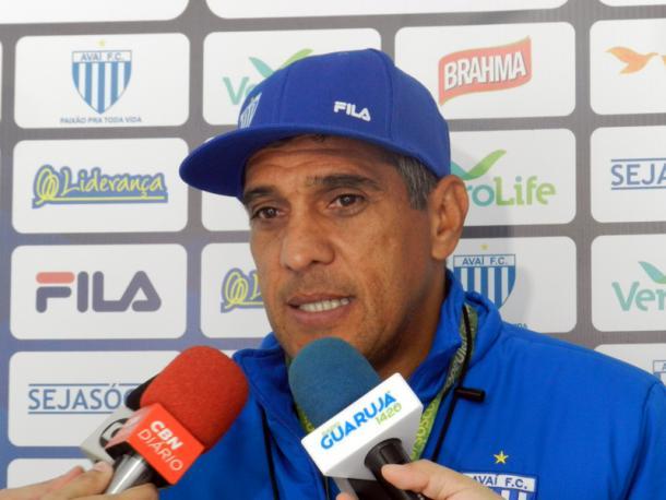 Treinador do Avaí não confirmou escalação por conta de desfalques (Foto: André Palma Ribeiro/Avaí FC)