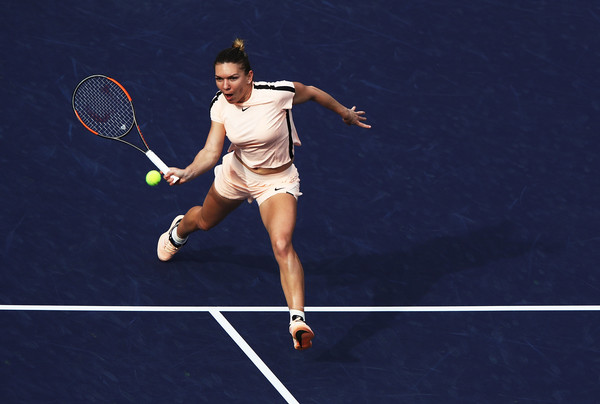 Halep topples Wang to reach Indian Wells quarter-finals